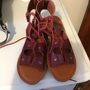 American Eagle lace up sandals